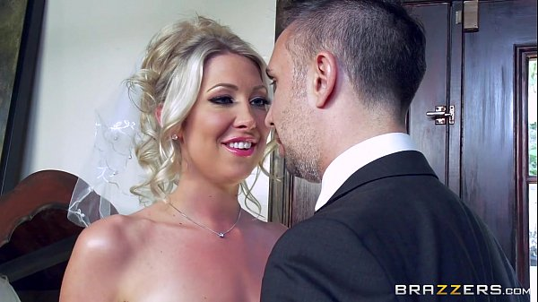 Lexi Lowe gets one last cock before the wedding Thumb