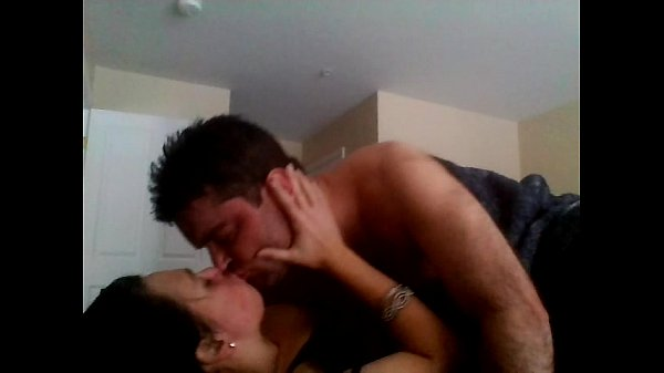 Couples Making Passionate Love: Amateur Passionate Couple In Real Homemade