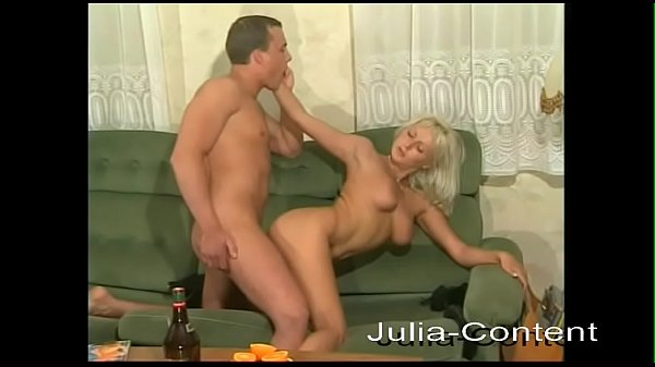 Sexy housewife fucks for you