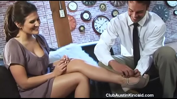 He rubbed my feet and wanted to fuck them too | Austin Kincaid