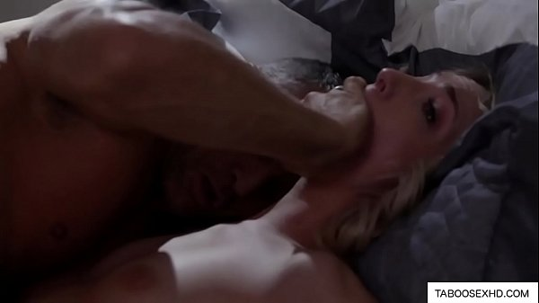 Old daddy fucked me at night