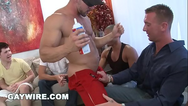GAYWIRE - Guys Losing Their Fucking Minds At Th...