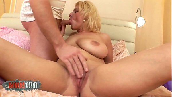 Cougar amateur bigtited bitch Thumb