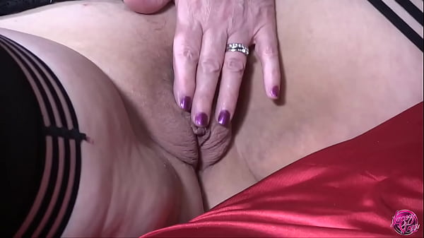 LACEYSTARR - Tongues and Fingers Thumb