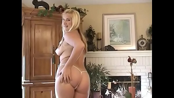 Busty blonde whore takes massive load of sperm ...
