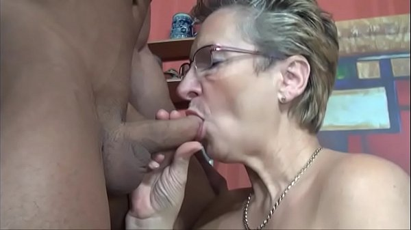 Horny mom in law fuck muscular tattooed guy swallowing his cum Thumb