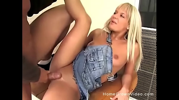 Hot blonde cant wait to have her pussy penetrated Thumb