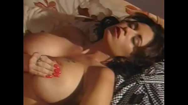 Brilliant busty slut is happy to be fucked in the small office during the lunch break