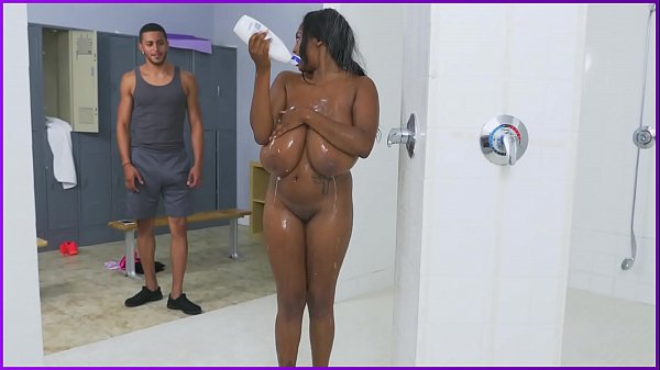 BANGBROS - Busty Ebony Rachel Raxxx Gets Fucked In The Shower!