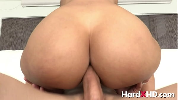 Big assed anal cowgirl Andreina Deluxe
