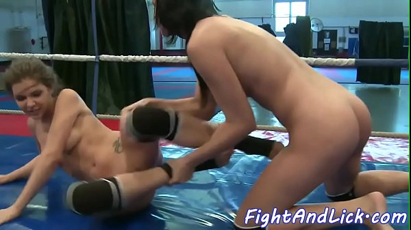 Wrestling dyke licks pussy and fingers ass
