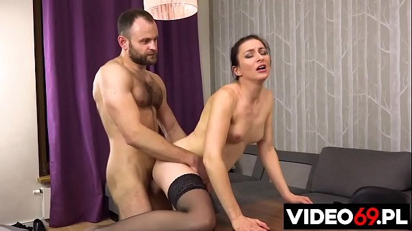 Polish porn - MILF fucked on the table
