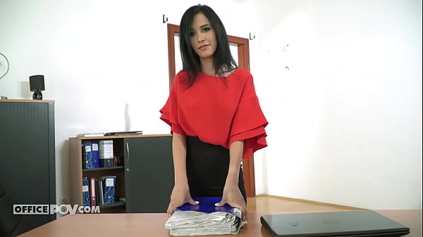 Clumsy assistant Nikky Fox gets her reward - itsPOV