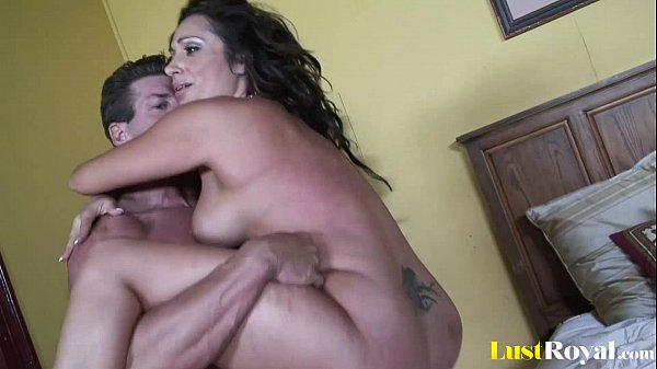 Chubby chick with jumping tatas Vannah Sterling