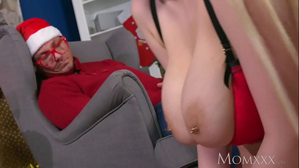 MOM My big tits Milf stepmom fucked me in front...