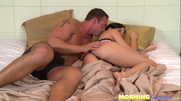Morning wood turns to amazing Morning Sex