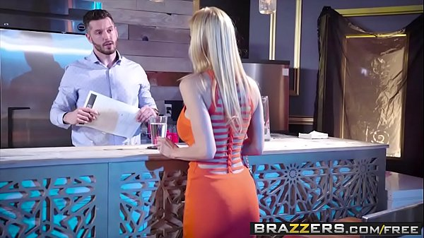 Brazzers - Mommy Got Boobs - (Alexis Fawx, Mike Mancini) - The Big Stiff