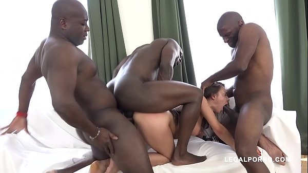 Interracial extreme orgy leaves Henessy's asshole destroyed after gangbang Thumb