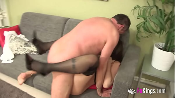 They met at a swinger website and have become a horny couple!