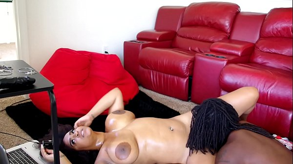 Professor Gaia lets a big Bbc cum on her tits