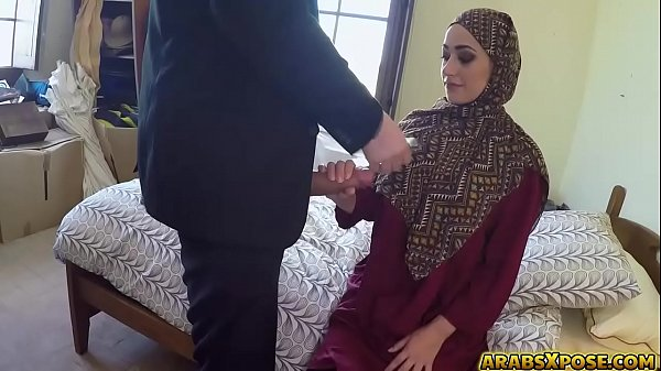 Bokep hot Arab monster cock first time Desperate Arab Woman Fucks For Money