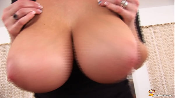 curvy milf plays with her oiled boobs Thumb