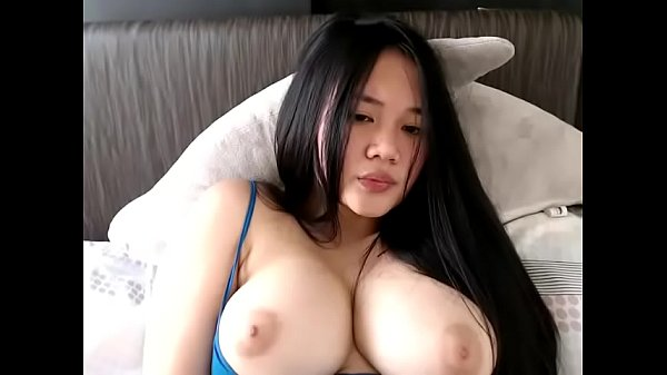Nice tits Asian dildoing pussy and cum on cams