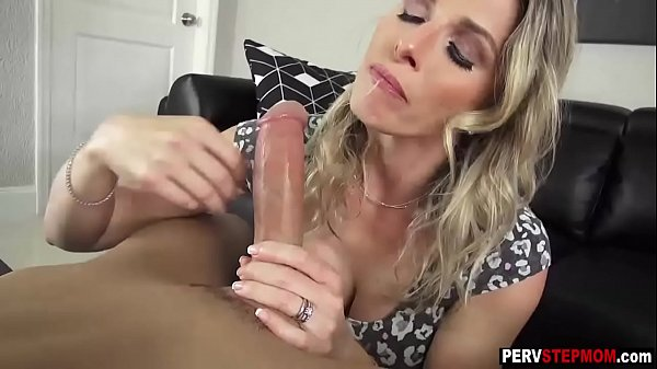 MILF stepmom became happy after a sex with a st...