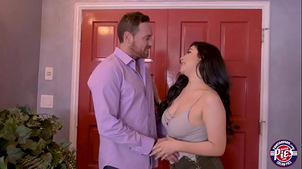 Sexy Amilia Onyx gets fucked good and hard with a bigcock