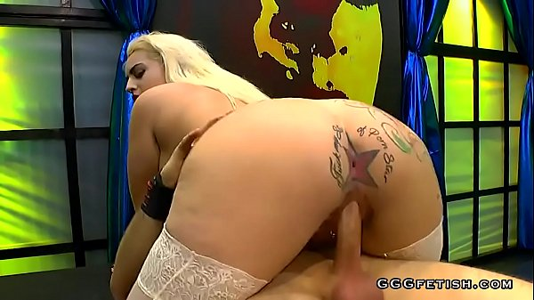 Busty candela x with piercing gets dp and bukkakes Thumb