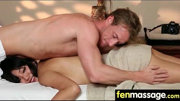 Massage Couple Both Get Happy Endings 15