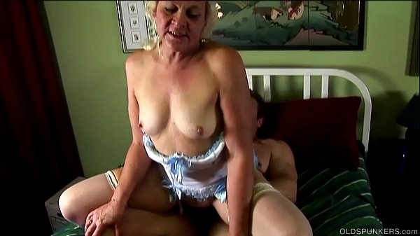 Chunky old spunker loves fucking and sticky facial cumshots