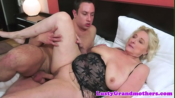 Saggy grandma in lingerie fucked passionately Thumb