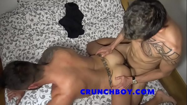 2018-11-27 02:01:16 - daddy fucked bareback by straitlatino 2 min  http://www.neofic.com