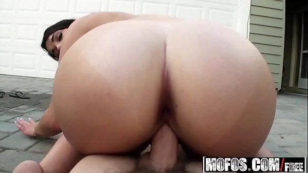 (Haley Hollister) - Bubbles and Butt - Lets Try...