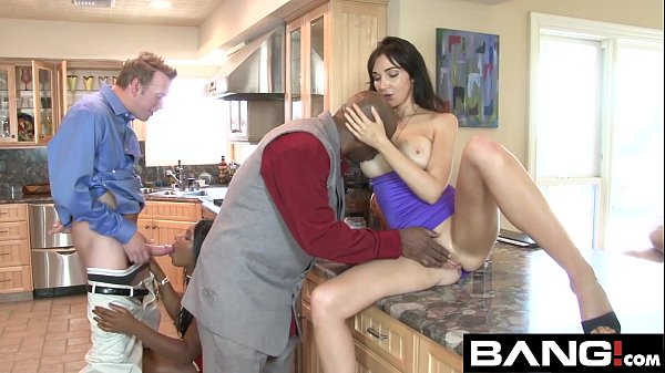 Couples Swapping Partners In Hot Sex Scenes Thumb
