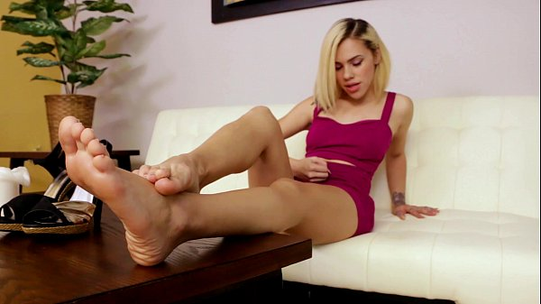 Kimberly Moss Cum Eating Instruction Thumb