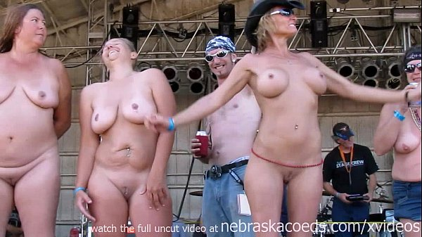 Wet Wild And Horny Iowa Milf Cougar Biker Bitches -8776