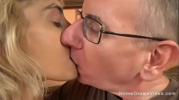 Young blonde slut with a tight body fucks an older man Thumb