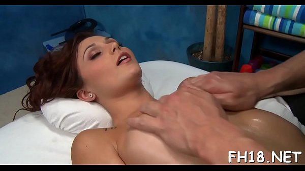 Honey gets dick in snatch Thumb