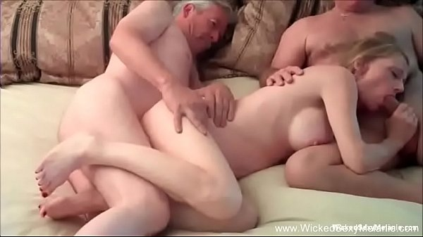 Hotwife GILF Has Intense Threesome Thumb