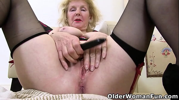 English granny Pearl takes care of her old cunt Thumb