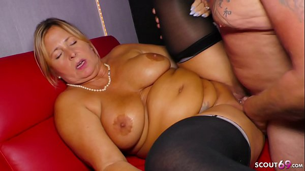 GERMAN BBW GRANNY SEDUCE y. STRIPPER TO FUCK HER Thumb