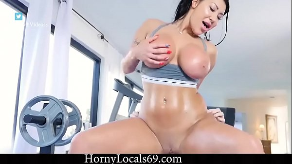 AUGUST TAYLOR GETS FUCKED AFTER WORKOUT