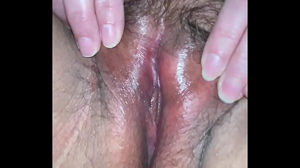 BBW displays her wide open fat pussy
