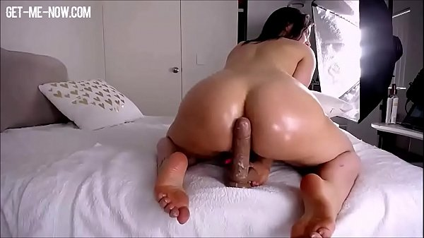big booty girl riding, you'll love her soles
