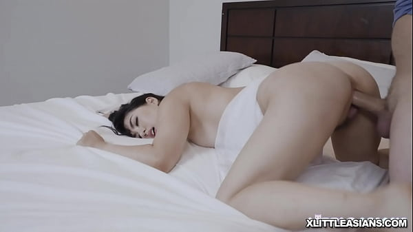 Hot Asian babe bends over and is ready for some penetration