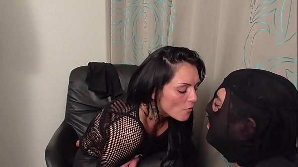 Update Psycho Mistress Ronja dominate slaves Thumb