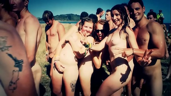 Skinny Dipping World Record Gisborne Thumb