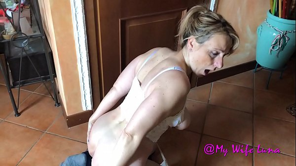 Italian housewife breaks her ass for her husban...